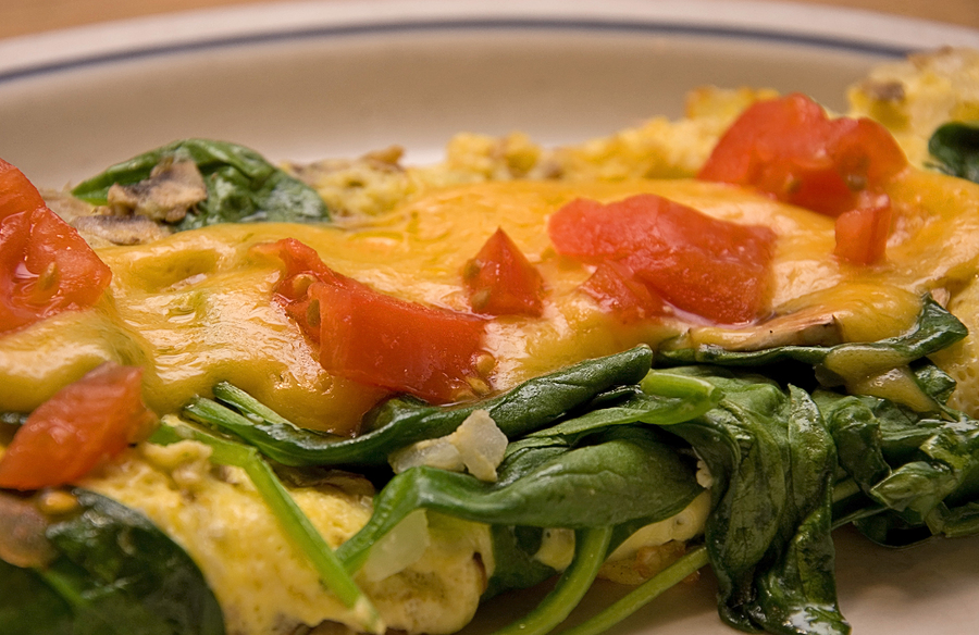 Spinach and Tomato Scramble